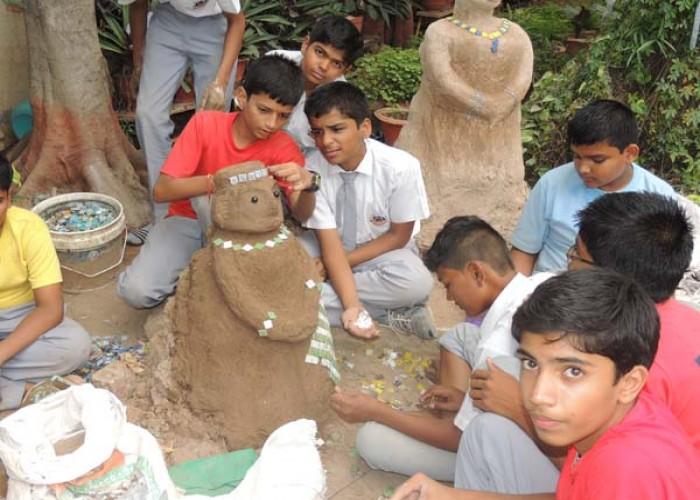 Sculpture Making from waste material